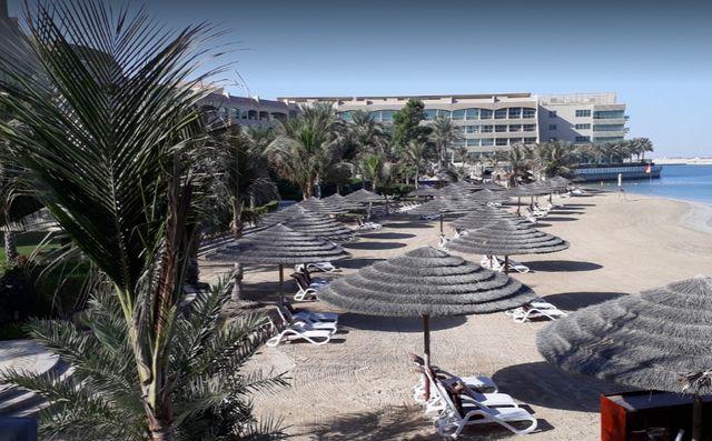 شاطئ الراحة ابوظبي