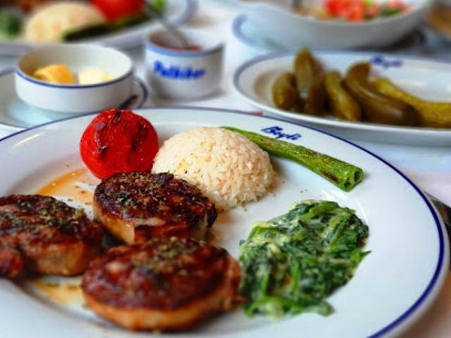 مطعم بيتي في اسطنبول