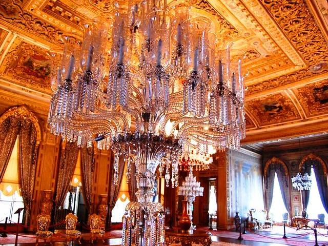 قصر دولما باهتشة