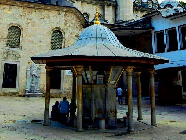 جامع ايوب سلطان في اسطنبول