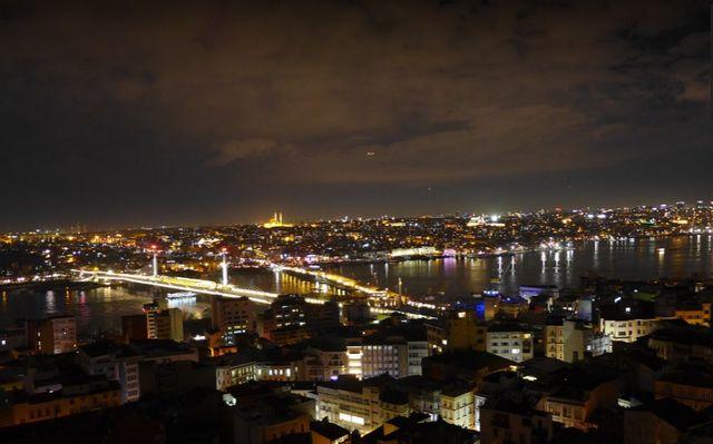 برج غالاتا في اسطنبول