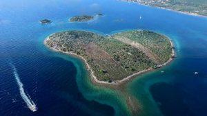 جزيرة العشاق كرواتيا
