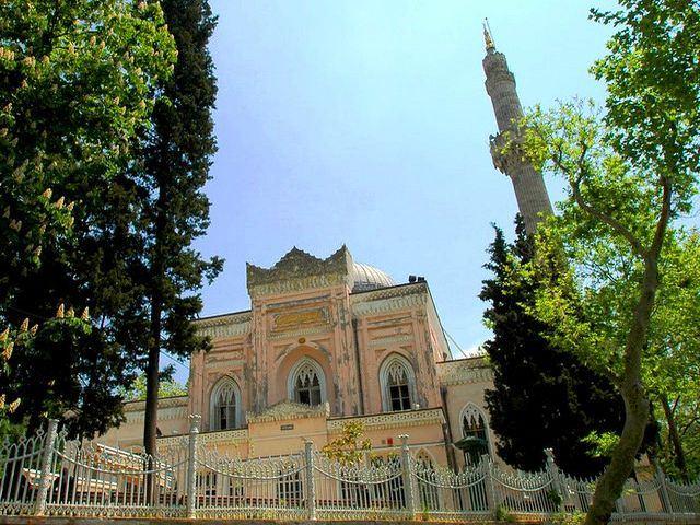 مسجد الحميدية يلدز بالقرب من مطعم حمدي اسطنبول