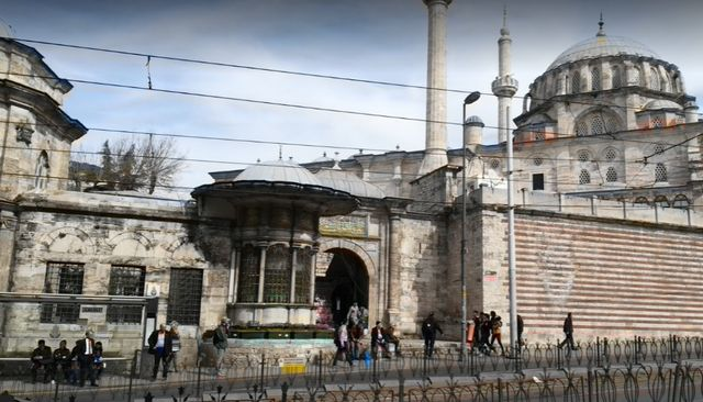 جامع لاليلي اسطنبول