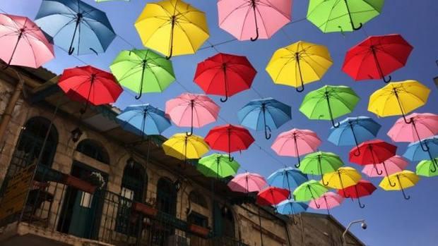 شارع المظلات في تركيا