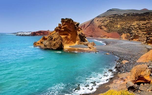 جزر في أسبانيا