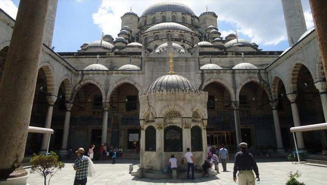 الجامع الجديد اسطنبول
