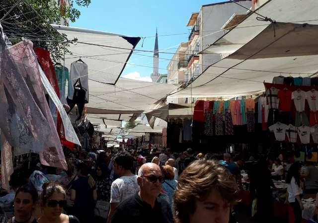 سوق الجمعة اسطنبول
