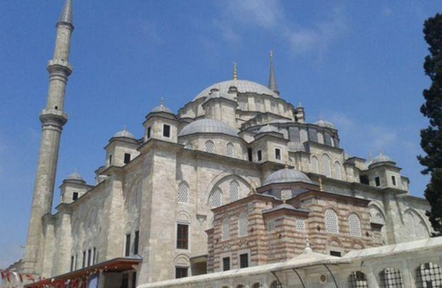 مسجد يافوز سليم اسطنبول