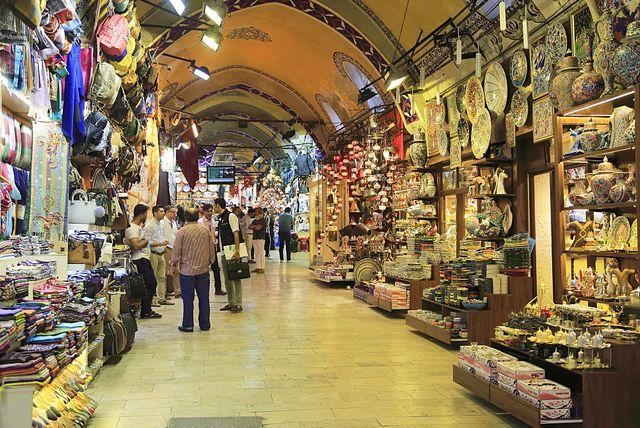 سوق بيازيت في اسطنبول