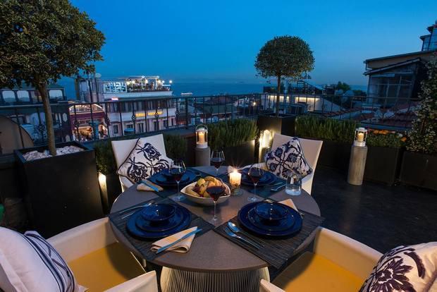 شقق فندقية في اسطنبول على البحر