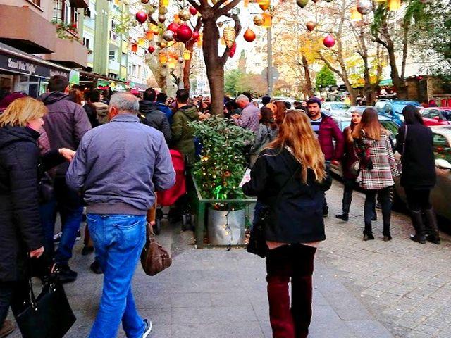 شارع مودا في اسطنبول