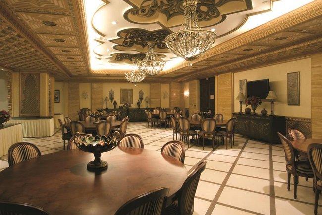 فندق موفنبيك مكة كم يبعد عن الحرم