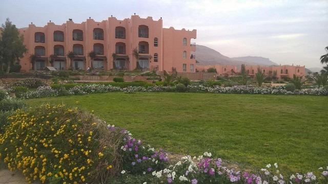 فندق دوم مارينا العين السخنة
