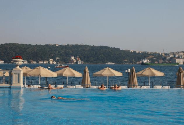 الشواطئ في اسطنبول