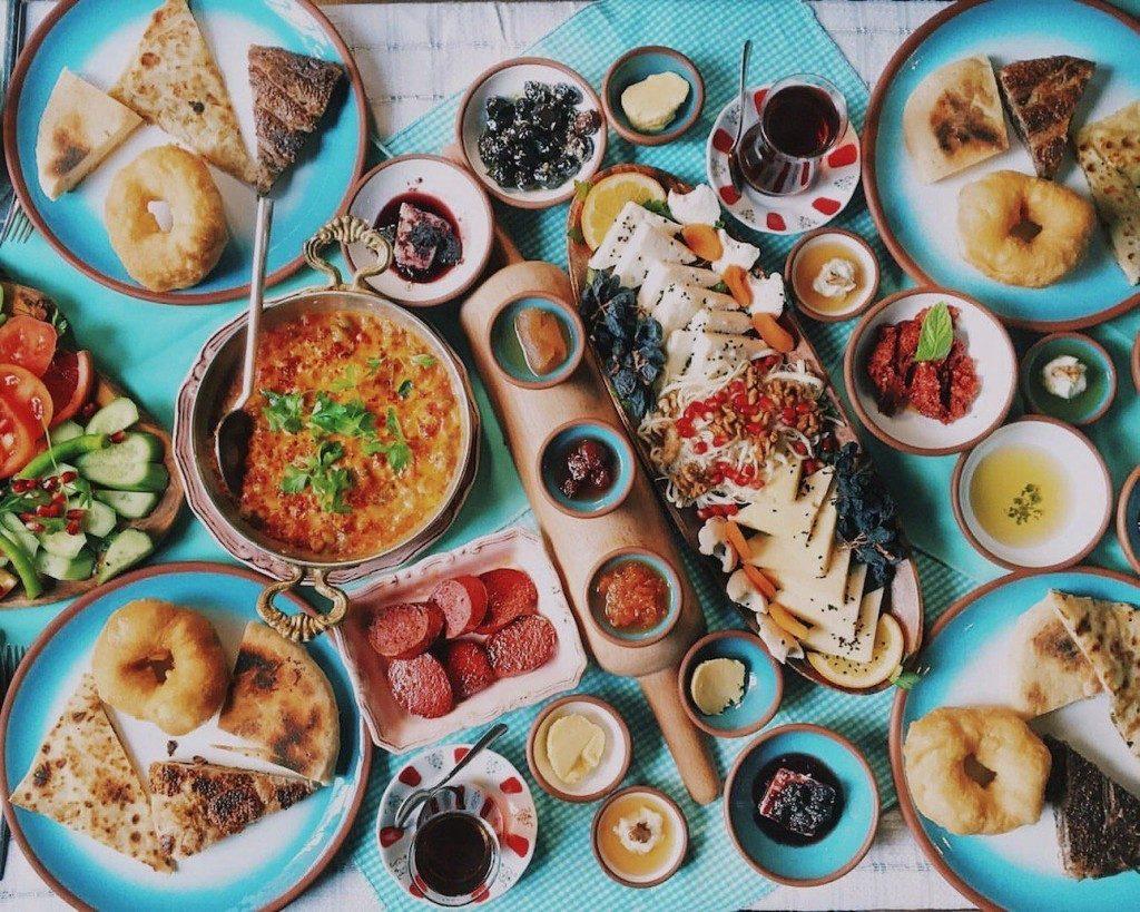 مطاعم فطور في اسطنبول على البسفور