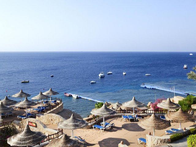 خليج القرش شرم الشيخ