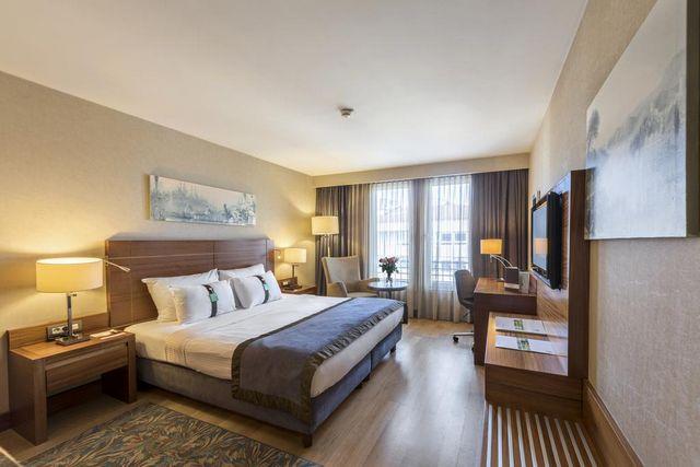 اسطنبول فنادق خمس نجوم