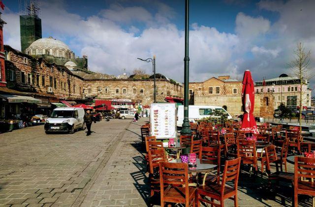 السوق المسقوف في اسطنبول