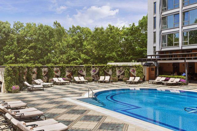 فندق انتركونتيننتال اسطنبول تقسيم