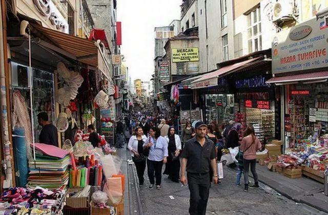 شارع بايزيد اسطنبول