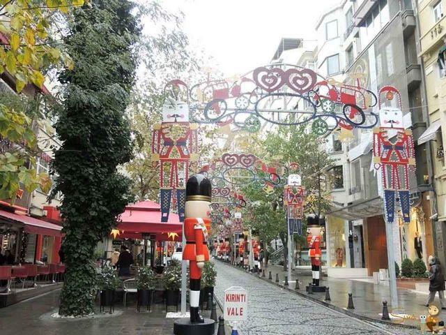 شارع عثمان بيه