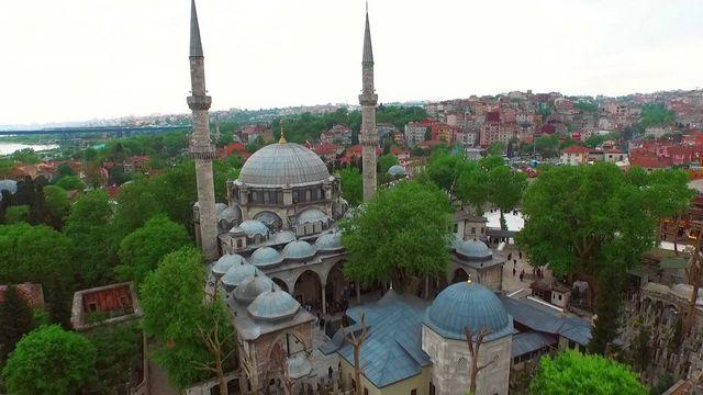 سلطان ايوب في اسطنبول