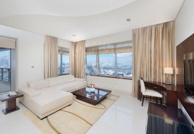السلام للاجنحة الفندقية دبي تُوّفر إطلالات رائعة على أُفق مدينة دبي