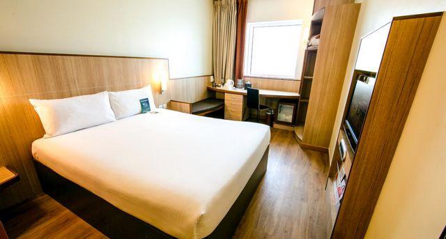 ارخص فنادق دبي شارع الشيخ زايد
