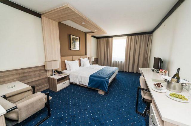 فندق هوليدي ان سراييفو