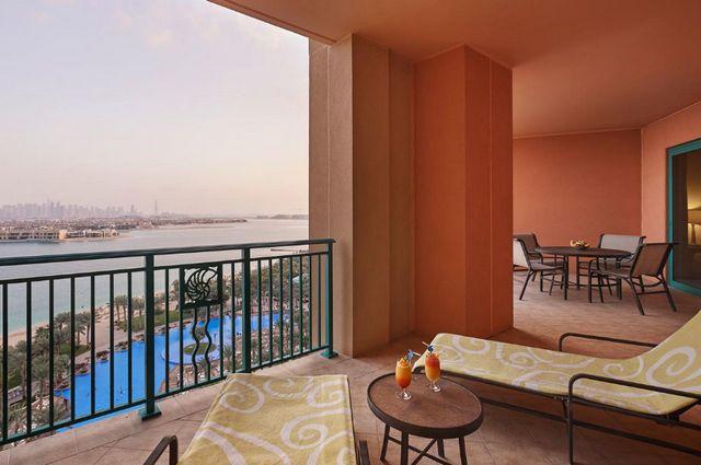 فندق أتلانتس من أشهر فنادق دبي مع مسبح خاص التي تحتوي على خدمات رائعة
