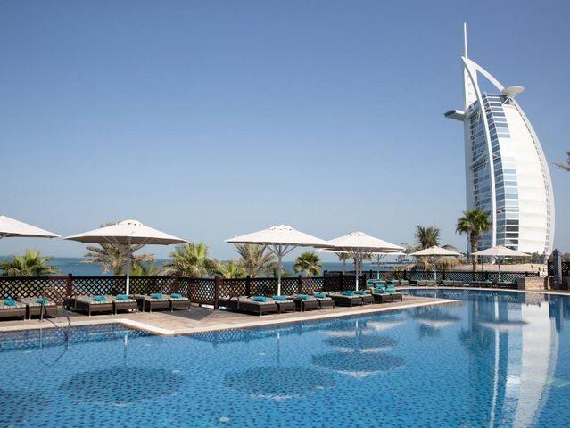 من أشهر الفنادق التي تضم مسبح خاص وتوفر العديد من الخدمات
