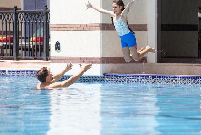 يُعد فندق زعبيل سراي أفضل فندق مع مسبح خاص في دبي وذلك بفضل توفيره خدمات ترفيهية راقية