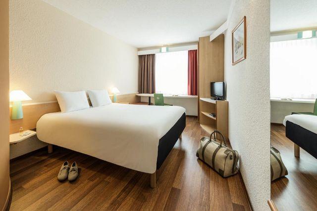 مميزات فندق ايبيس ميونخ