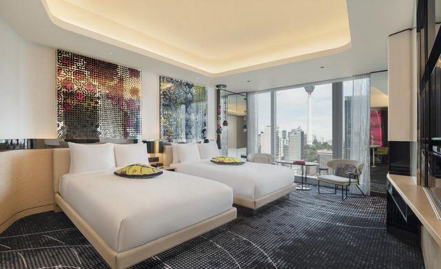 تُعد فنادق كوالالمبور المطلة على البرجين خيار مثالي للباحثين عن مساحات الإقامة الواسعة