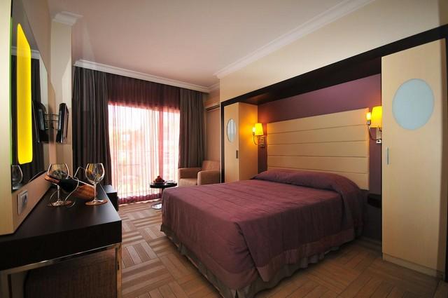 فندق بلو بي بلاتينيوم مرمريس افضل فندق في مرمريس