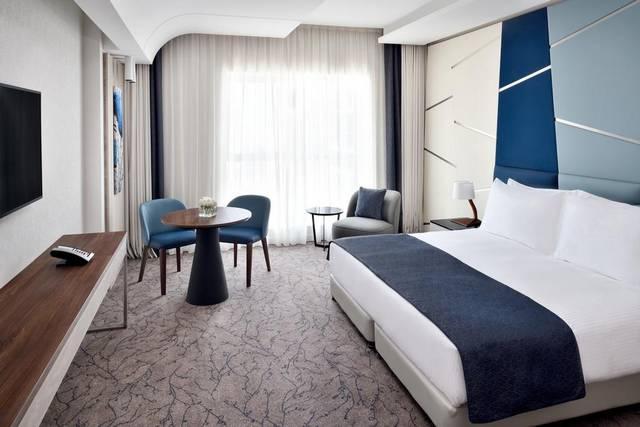 يضم فندق موفنبيك دبي داون تاون أنواع مُختلفة من الغُرف لتُناسب رغبات جميع النُزلاء.