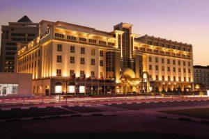فندق موفنبيك دبي شارع الشيخ زايد خدمات مُتنوعة