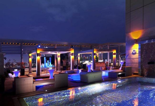 فندق راديسون بلو دبي مدينة الاعلام يتميّز بمرافقه العديدة