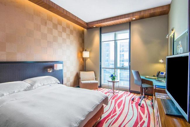 فندق راديسون بلو دبي مدينة الاعلام يوفر غرف راقية