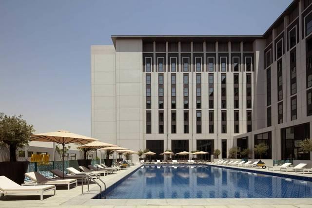 مسبح فندق رؤوف ذا بارك دبي