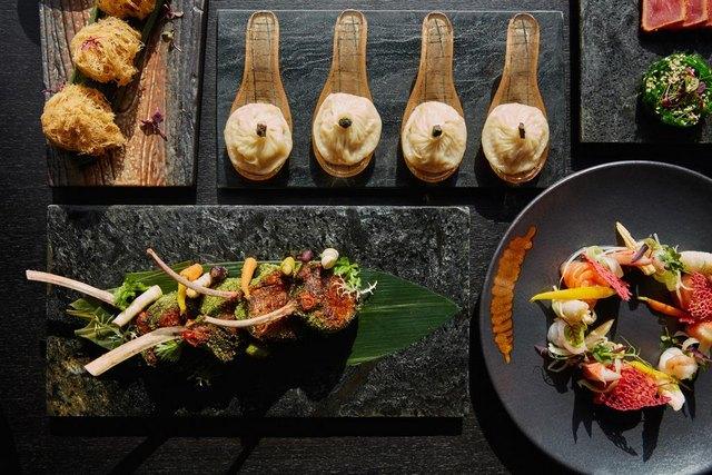 مطاعم سيزر بالاس دبي تحتوي على مجموعة كبيرة من المأكولات العالمية