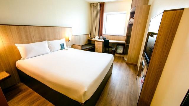 ارخص فنادق دبي شارع الشيخ زايد تنفرد بوقعها المُبهر