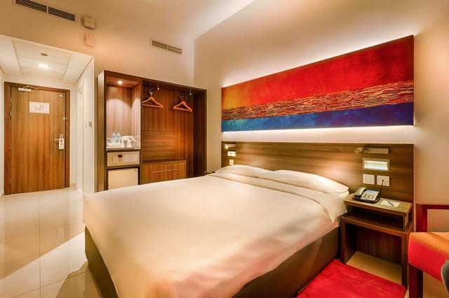 فندق سيتي ماكس البرشاء من فنادق دبي رخيصه ونظيفه التي تقع بالقُرب من معالم دبي السياحية.