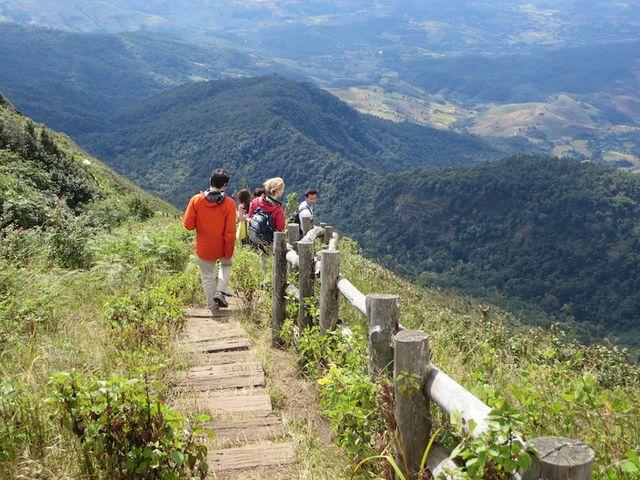 منتزه دوي انتانون الوطني من افضل اماكن السياحة في شنغماي