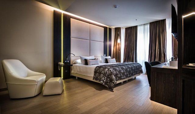 فنادق الدومو ميلان