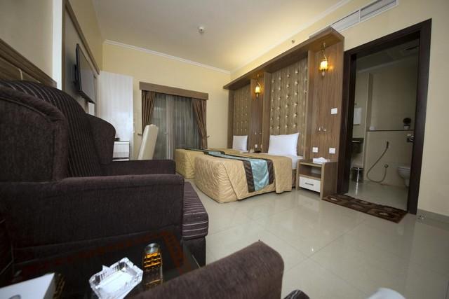 فندق نايف فيو من فنادق رخيصه في دبي التي تصلُح للعوائل.