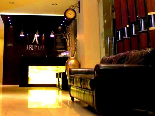 يوفر فندق افريكانا مساحات إقامة واسعة تناسب العائلات