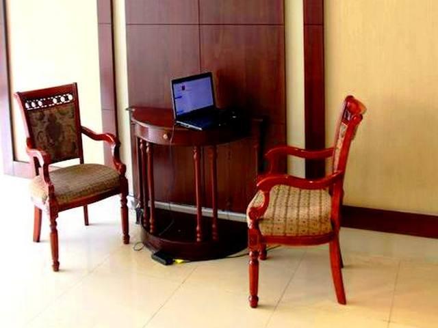 يضم افريكانا هوتيل دبي العديد من الجلسات الهادئة