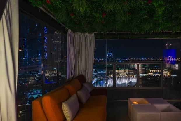 شقق فندقية في دبي قريبة من دبي مول تتميز بإطلالتها الساحرة على وسط المدينة
